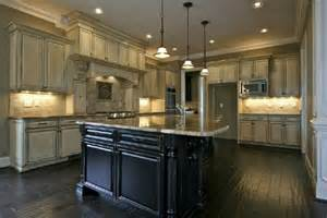 How To Antique Kitchen Cabinets by 5 Gorgeous Pairs For Antique White Cabinets Midcityeast