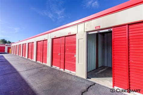 albuquerque self storage on central cubesmart self storage albuquerque 7440 central ave se
