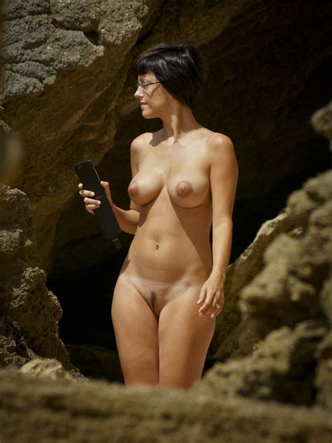 Another Naked Wife By The Rocks Nudeshots