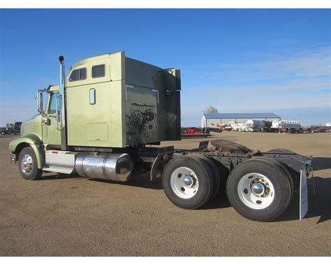 Eagle Sleeper For Sale by 2003 International 9400i Eagle Conventional Sleeper For
