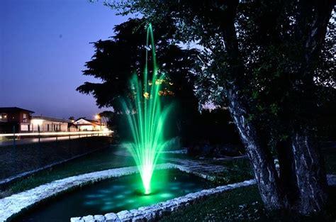 realizzare un laghetto in giardino perch 233 realizzare un laghetto da giardino fontane