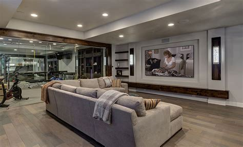 Wohnzimmer Theater by Basement Home Theater With Workout Ideas For The