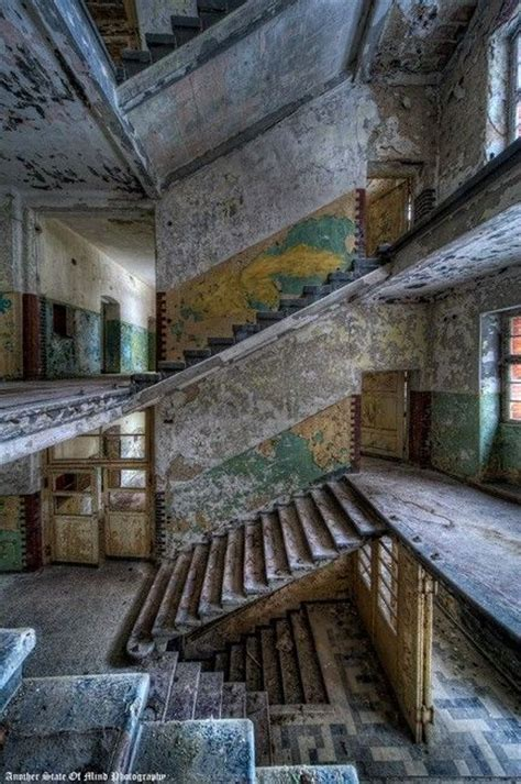 beautiful abandoned places beautiful abandoned building abandoned abandoned buildings abandoned and building