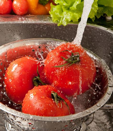 washing fruits and vegetables eating healthy berryripe