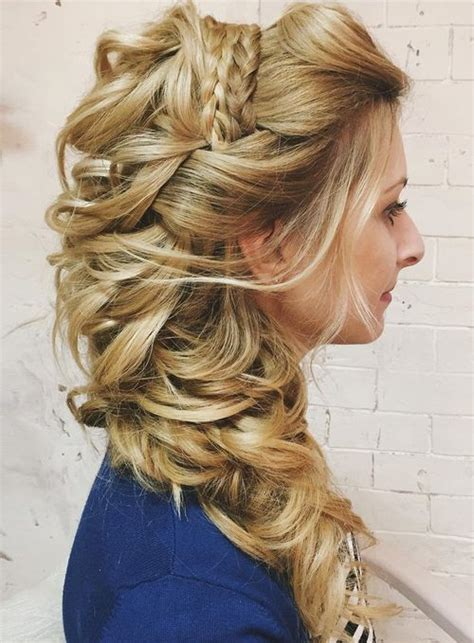 Curly Hairstyles To The Side For Wedding by 20 Gorgeous Wedding Hairstyles For Hair
