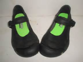 womens keen black shoes size 7 5 7 1 2