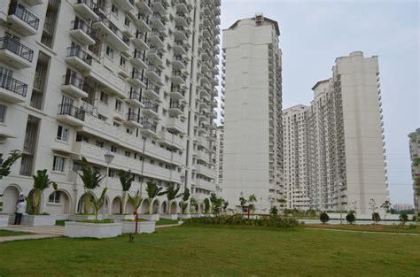 DLF New Town Heights in Kakkanad, Kochi   Price, Location