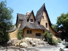 file 2009 0627 spadenawitch house jpg