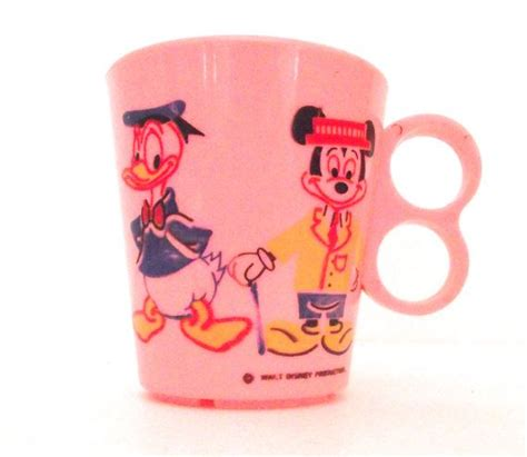 Disney Donald Duck Bottle Pink 17 best images about mickey and minnie on