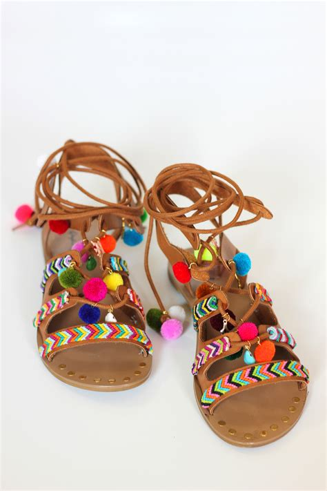Sandal Pompom by Diy Pom Pom Sandals Homemadebanana