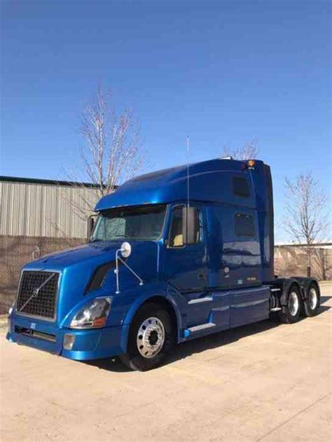 2010 volvo semi truck for sale volvo vnl 780 2010 sleeper semi trucks