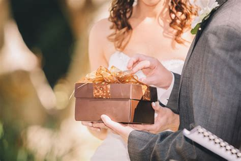 gifts for photography attending a wedding now costs 59 more bridalguide