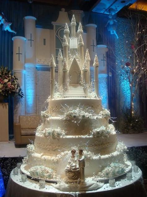 elaborate wedding cakes food news the world s most elaborate wedding cakes