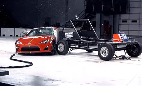 crash test si鑒e auto iihs side impact crash tests explained 187 autoguide