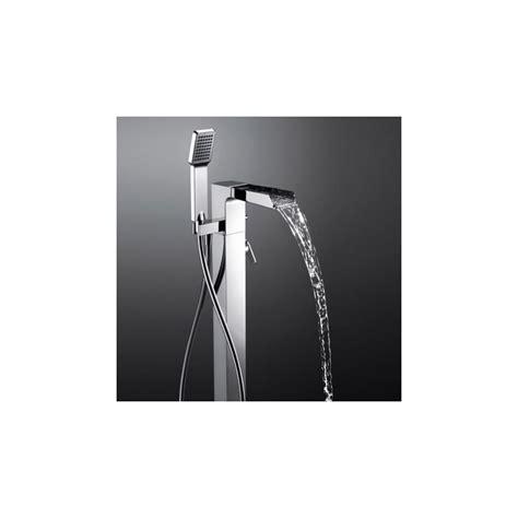 robinet mitigeur bain sol cascade