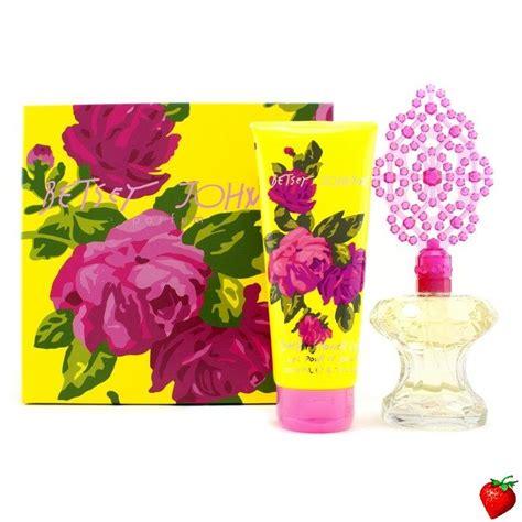 Betsey Johnson Parfum by Betsey Johnson Betsey Johnson Coffret Eau De Parfum Spray
