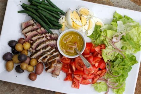 roasted salmon nicoise platter recipe ina garten food seared tuna salade ni 195 167 oise platter crunchtime