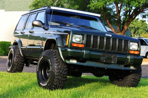 jeep xj lifted 1j4fj68s5wl156729 1998 jeep limited xj 70k low