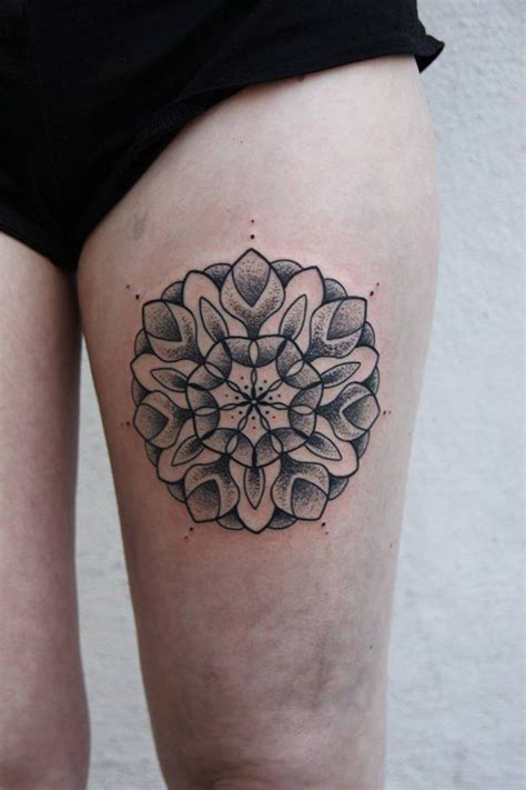 pretty leg mandala best tattoo design ideas