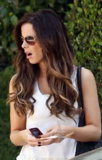 does hair look like ombre when highlights growing out dip dye highlights in wavy long hair long ombre hair for
