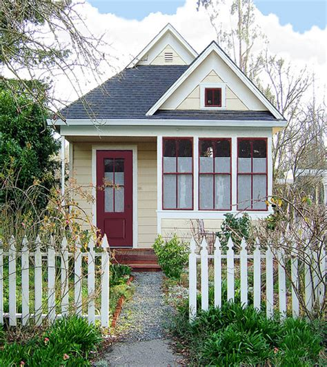 tiny house blogs design squish blog new trend tiny house living green
