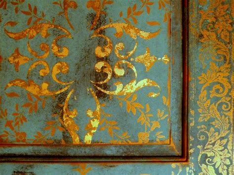 faux gold leaf paint gold leafing and distressed door makeover from johanna s