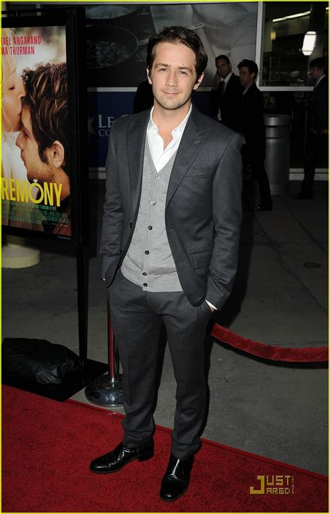 pilipino men celebrity height lenght wiki uma thurman ceremony premiere with michael angarano