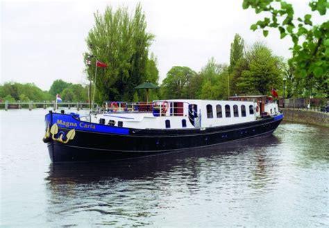 thames river cruise magna carta english hotel barge magna carta cruising the royal river