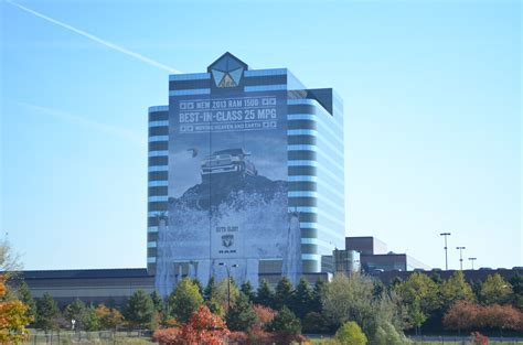 Chrysler Hq by Innovative Media Installs A Big Time Building Wrap On
