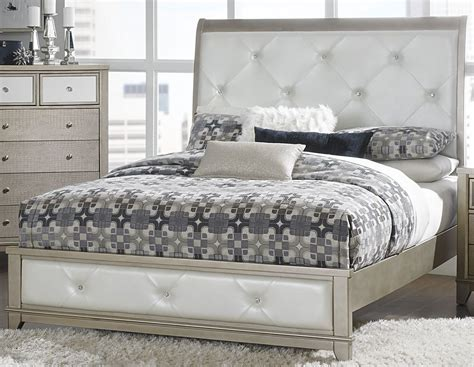 White Cal King Bed Odelia Pearl White Cal King Upholstered Platform Bed From Homelegance Coleman Furniture