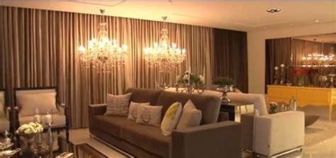 candelabros sala pruzak sala de estar marrom e bege id 233 ias