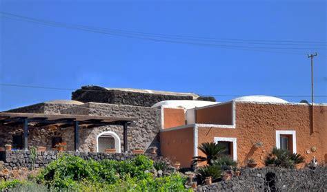 casa vacanze pantelleria casa vacanze trilocale in affitto a pantelleria agenzie
