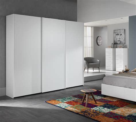armadio scorrevole 2 ante armadio scorrevole a tre ante samba larice bianco duzzle