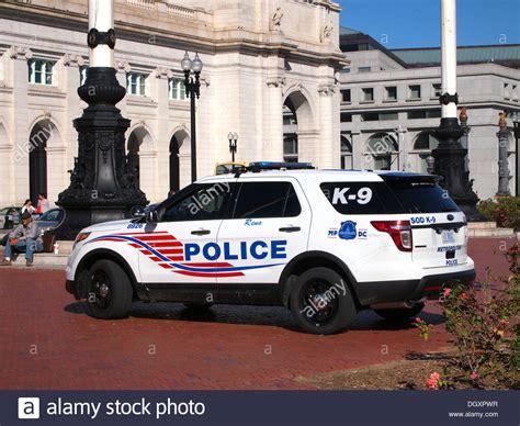 washington dc police boat metropolitan police department k 9 vehicle outside union