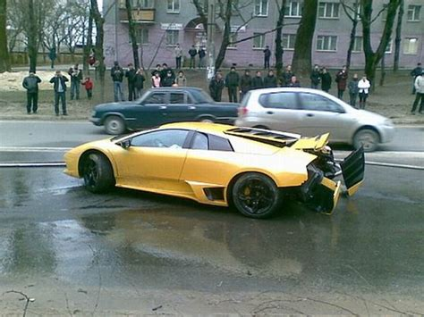Lamborghini Unfall by Lamborghini Murcielago