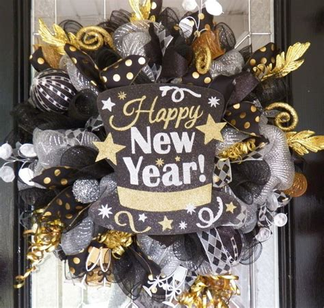 new year cloth decoration 17 best ideas about new years decorations on