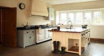 bespoke kitchens by devol classic georgian style english simon benjamin crafts custom english kitchens