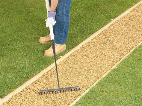 laying gravel in backyard how to lay a gravel pathway how tos diy