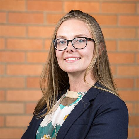 Washington Foster Mba Recommendation Questions by 11 Questions With Ms In Entrepreneurship Student Alessya