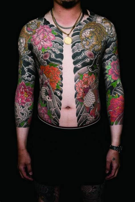 yakuza tattoo full body velociclo yakuza full body tattoo