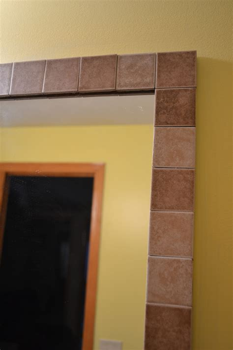 Bathroom Mirror Borders Tile Border Around A Standard Bathroom Mirror So Easy And Cost Effective Home Decor