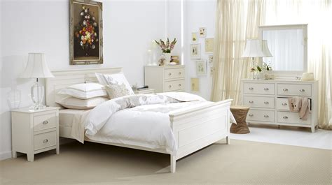 bedrooms with white furniture bedroom bedroom decorating ideas with white furniture