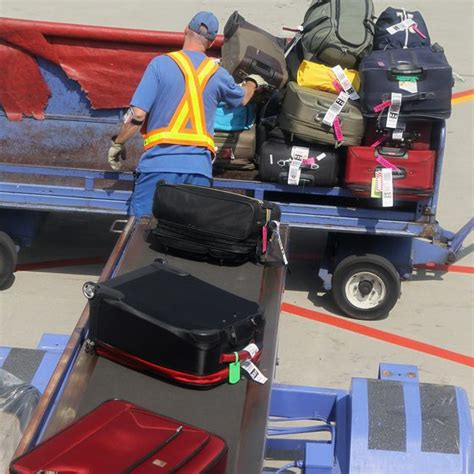 southwest airlines baggage policy southwest guidelines for carry on baggage