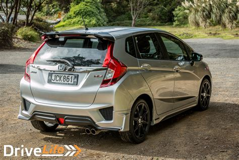 Honda Jazz Rs At Silver 2015 2015 honda jazz rs sport limited car review drive