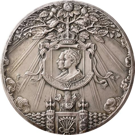 Coin Nederlands Silver 1909 netherlands silver birth medal juliana 1909