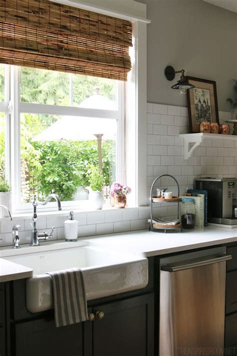 kitchen sink window treatments best 25 kitchen window blinds ideas on diy