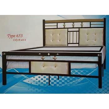 Lemari Pakaian Equity ranjang besi aloha 653k sion furniture