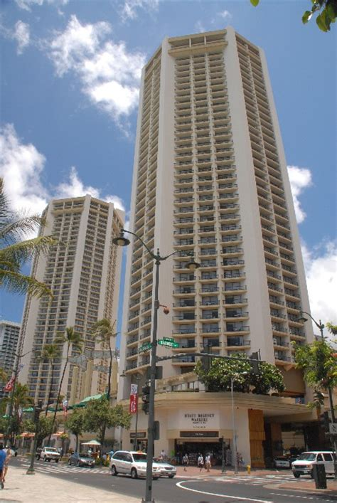 Oahu Resort Hotels & Condos   Hyatt Regency Waikiki