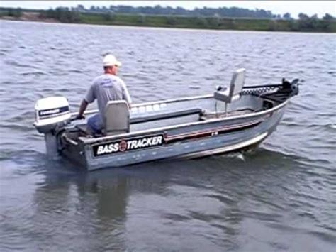 what is a hot foot on a bass boat 16 foot bass tracker in yankton youtube