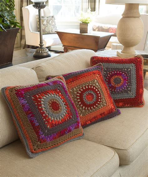 square pillow pattern circle in the square pillows crochet pattern